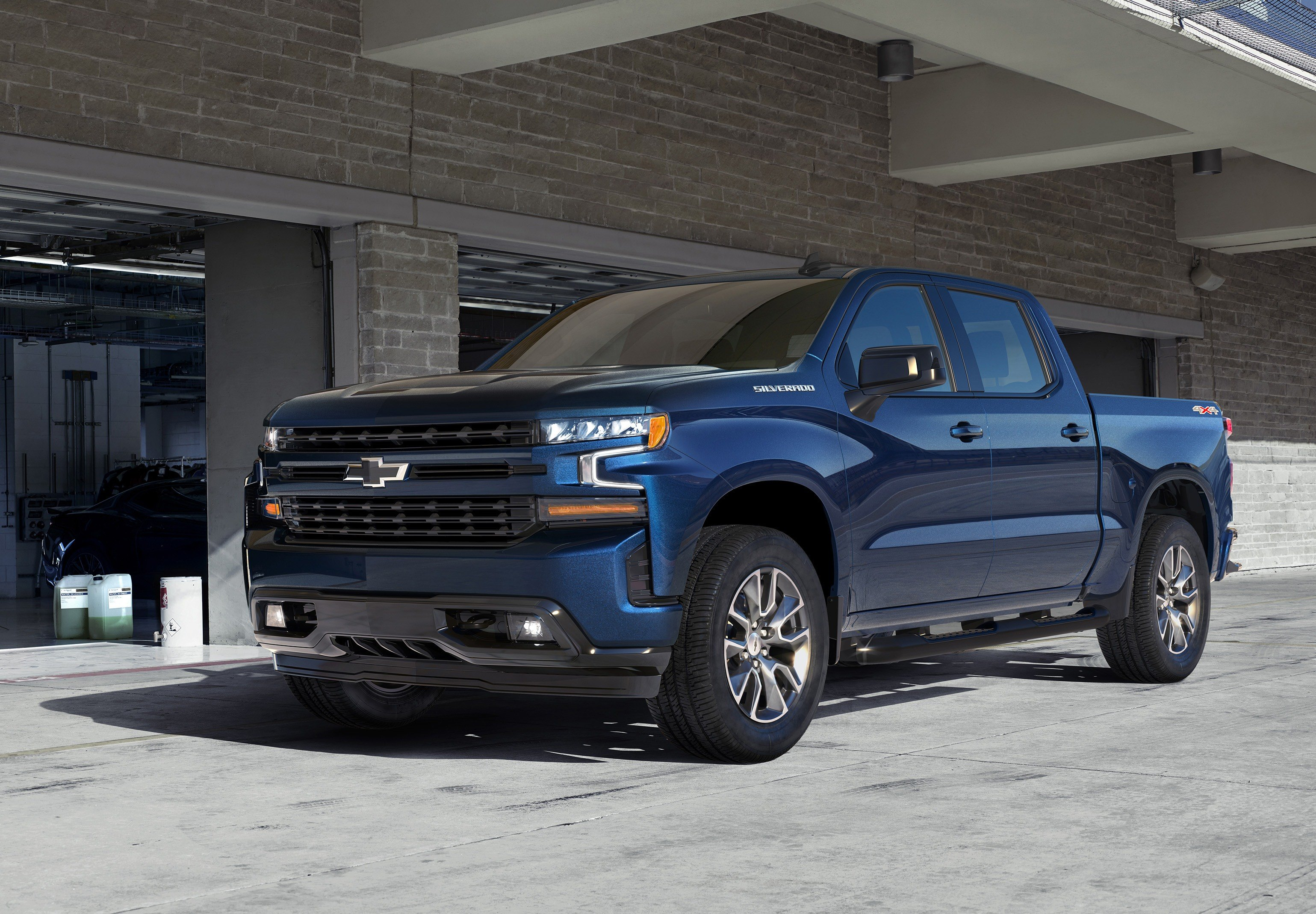2019-chevy-silverado-trim-levels-rst-1